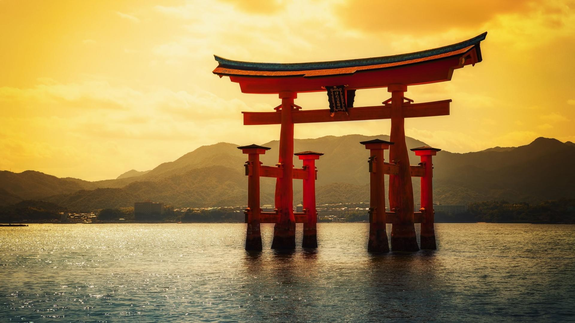 Introducing 3 Magnificent views of Japan
